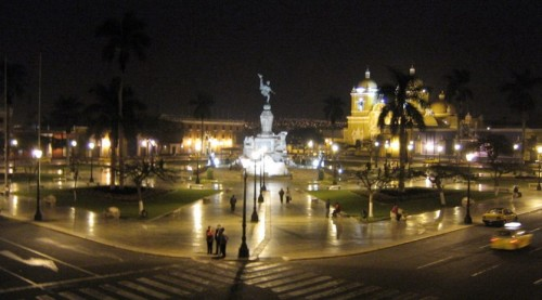 Plaza mayor de Trujillo, Perú