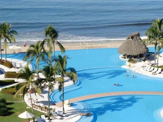 Grand Velas All Suites & Spa Resort